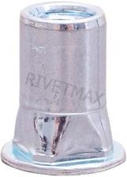 Заклепка резьбовая квадратная с плоским бортом М8 L18,6